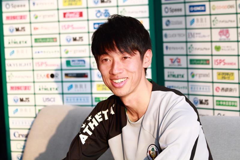 東京ヴェルディのユースコーチから日テレ・ベレーザのコーチへ就任の決まった小笠原資暁さん(高54回)