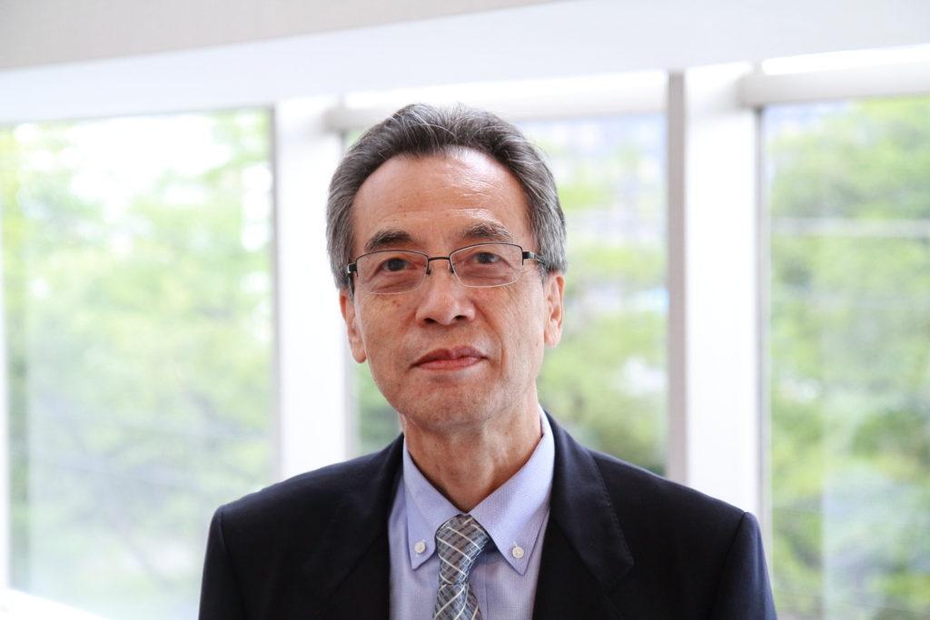 平成30年度の総会で新しく会長に就任した、吉村春彦さん(高17)。当会の事務方を長らく務めてこられました。